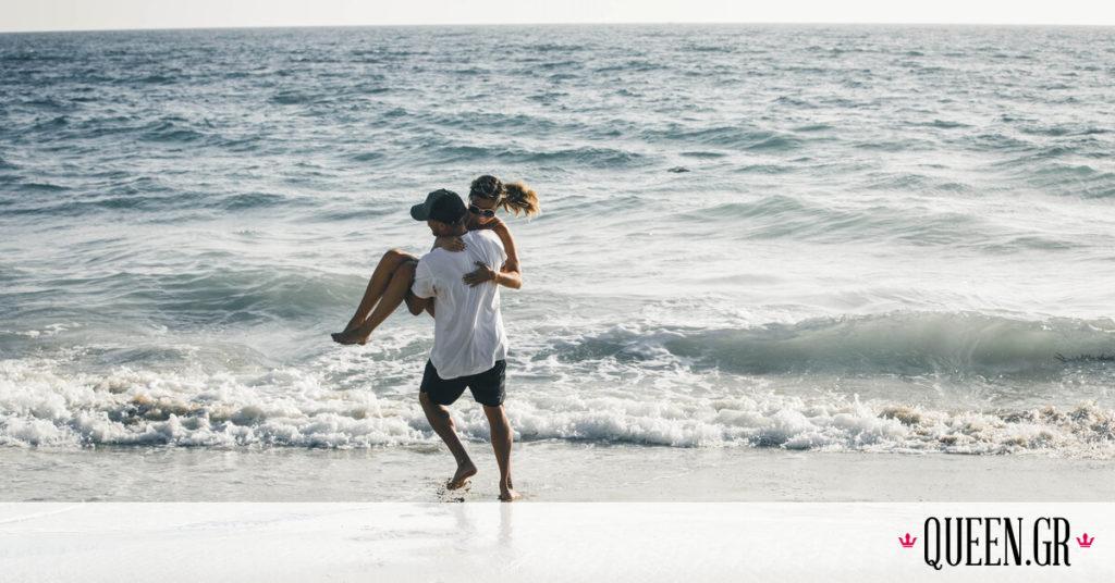 Έρευνα: Γιατί είμαστε πιο ελκυστικοί το καλοκαίρι;